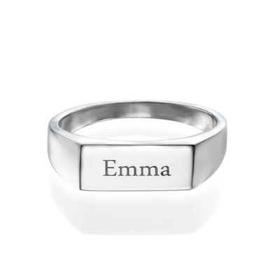 Engraved Signet Ring in Sterling Silver - The Name Jewellery™